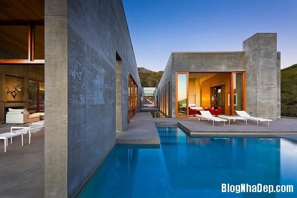 deab2b88b82829bbcb743fdf65db58ad Ngôi nhà với kiến trúc độc đáo nằm giữa thiên nhiên hùng vĩ của vùng Toro Canyon, California