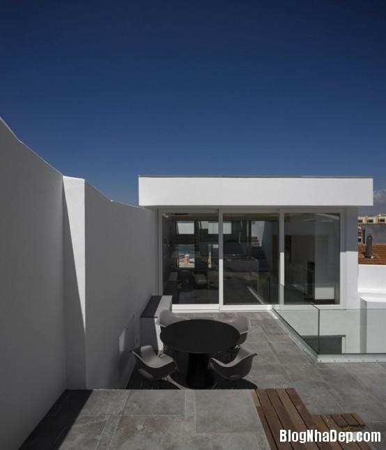 e5b8d8c27f85534342e6470d112ed07a Ngôi nhà mang hình khối độc đáo, lạ mắt ở Portugal