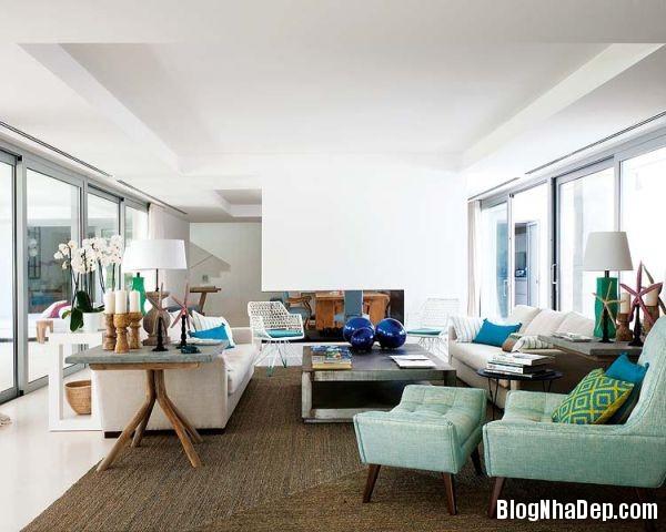 39771160697e54f47443c249bfa6aaa3 Ngôi nhà xinh đẹp mix tông màu tươi sáng cùng với nội thất gỗ