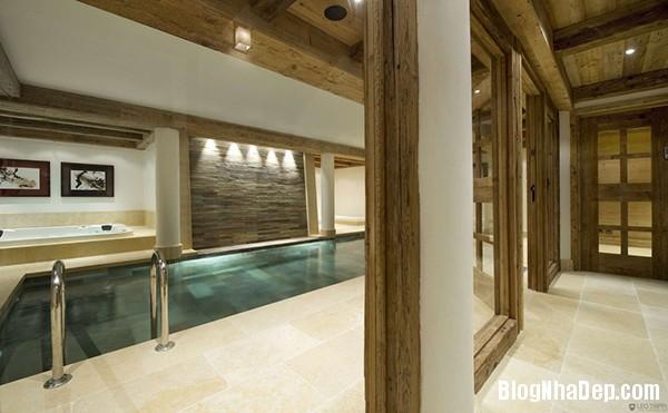 3d00e22838236c0163423f0b45a2b0fb Ngôi nhà gỗ ấm áp trên đỉnh Alps tuyết trắng