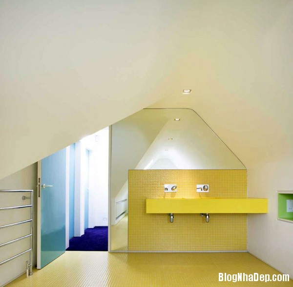 4d60aab4e5c0d87de01531356b1f3dd0 Ngôi nhà tràn ngập sắc màu do Andy Martin Associates thiết kế