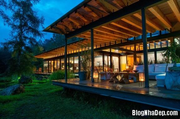 8524f11c7527bcb3d711890be17141ea Ngôi nhà gỗ thoáng mát tiện nghi nằm giữa rừng