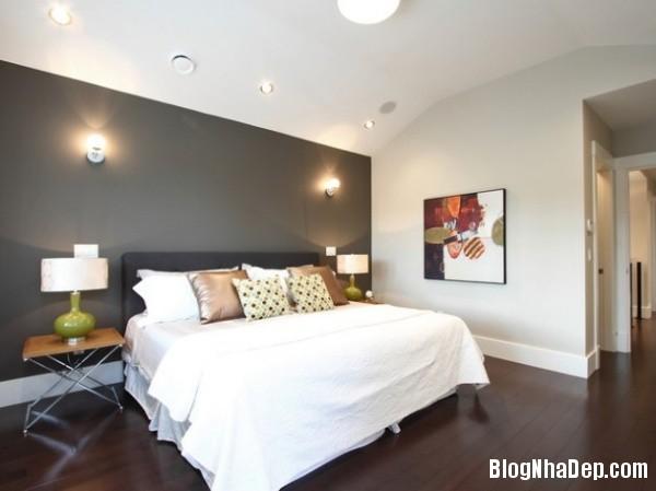 9d7eef3ccb33d3626152ccd20ce3c734 Bức tường màu đen cá tính trong phòng ngủ