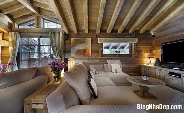 cb1788f8cda4a448ac4c0fae64428d21 Ngôi nhà gỗ ấm áp trên đỉnh Alps tuyết trắng
