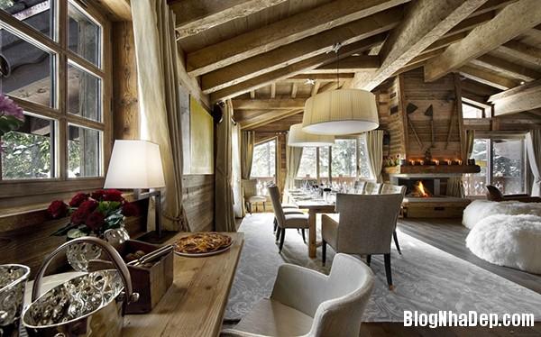 e2d294801abc5716e1c85ed390636390 Ngôi nhà gỗ ấm áp trên đỉnh Alps tuyết trắng