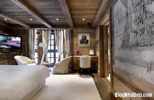 e4f79a2d7a01d6bf1091574b782d95ef Ngôi nhà gỗ ấm áp trên đỉnh Alps tuyết trắng
