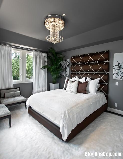 ee2c101e56921686e356a94cf677a690 Bức tường màu đen cá tính trong phòng ngủ