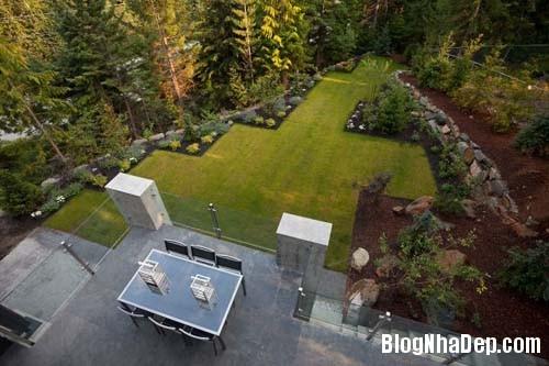 fcde0b54a2d75bd673aae86d957acb4a Ngôi nhà hiện đại Compass Pointe nằm giữa vùng rừng xanh tại Whister, Canada