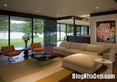 383f2e641b5734abb52d0369f820c9c7 Ngôi nhà vô cùng xinh đẹp nằm bên hồ nước hiền hòa