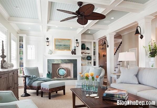 67091a23d701918e9ce8dda1c84d440a Mẫu phòng khách truyền thống có thiết kế trần nhà chia ô