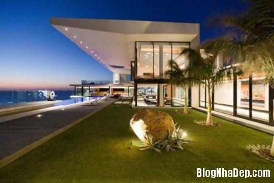692bea88f7d42916e2d20671a49fbcb5 Ngôi nhà sang trọng với kiến trúc mở khá độc đáo tại Senegal