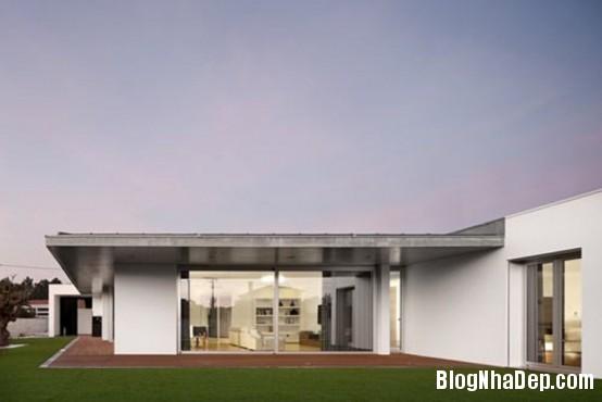 8736736a3cccc4ac076e2496870bc93a Ngôi nhà ấn tượng với thiết kế minimalist ở Bồ Đào Nha