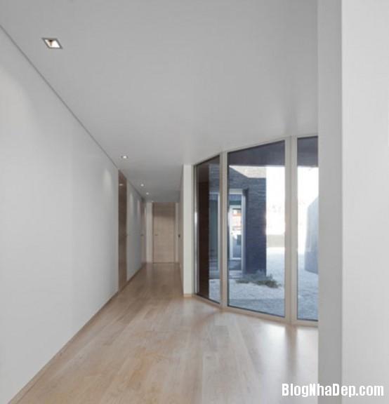 a6f66e1ec0878cf70de31c84e7aa9245 Ngôi nhà ấn tượng với thiết kế minimalist ở Bồ Đào Nha