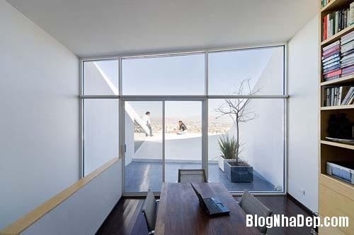 27780612d9e343734a3b946cd4ce5317 Ngôi nhà với kiến trúc khá lập dị giữa lòng sa mạc bỏng rát của Mexico