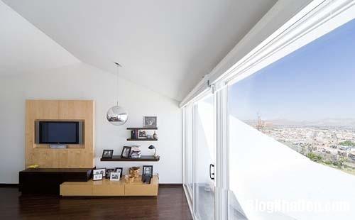 3417dc15047c2e77d70251035d51486e Ngôi nhà với kiến trúc khá lập dị giữa lòng sa mạc bỏng rát của Mexico