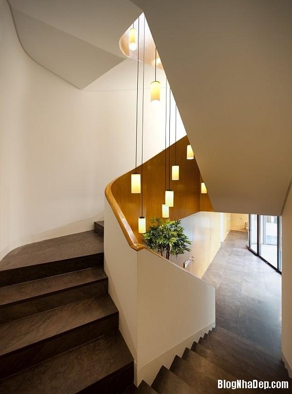 59da1793f4450a2185f7dcad72d6771d Ngôi nhà kết hợp hoàn hảo giữa kiến trúc của phương Tây và phương Đông