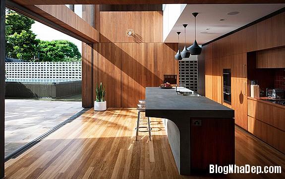 9b0439af9ca4e27bb8021524a616a03f Ngôi nhà The Flipped House thu hút do MCK thiết kế