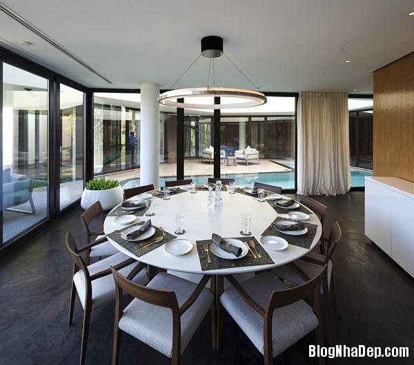 b8683c6c3741b6ec2dfa22c7e46f6cf7 Ngôi nhà kết hợp hoàn hảo giữa kiến trúc của phương Tây và phương Đông