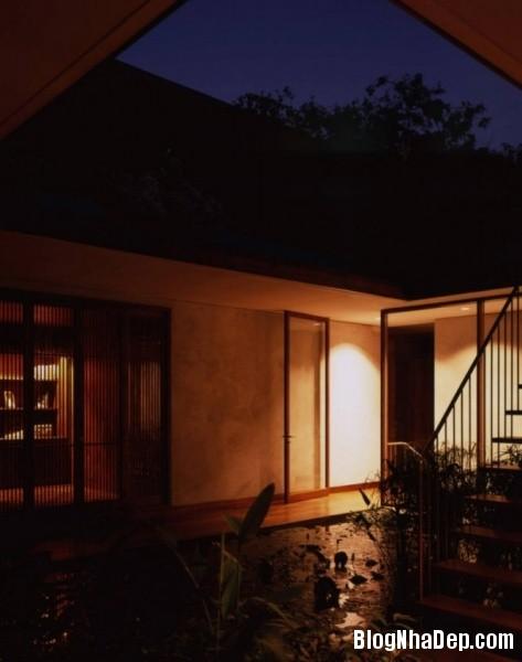 c36288b0411ef4c9f3c70185fc6edfd1 Ngôi nhà miền quê bình yên với hồ sen trong nhà