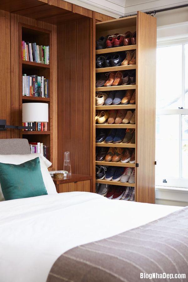 2db3f29de20dbfe268a338cdac05ae34 Thiết kế chỗ đựng giày khá xinh và lạ từ cầu thang cũ hay tấm ván cũ