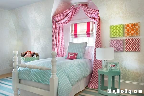 a15003948793e1ba965335733ec62a5d Kiểu giường ngủ đáng yêu và nữ tính cho phòng công chúa