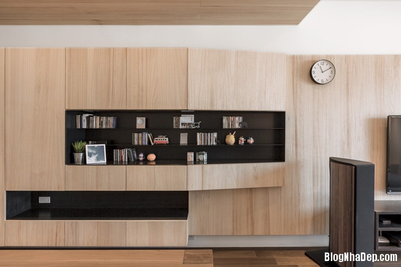 cool paneling Căn hộ hiện đại với chất liệu hoàn toàn từ gỗ