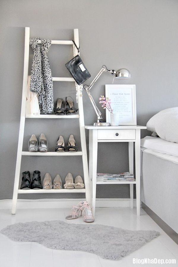 e88014012d01518c118c13fff79af7bd Thiết kế chỗ đựng giày khá xinh và lạ từ cầu thang cũ hay tấm ván cũ