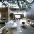 outdoor-indoor-living-space