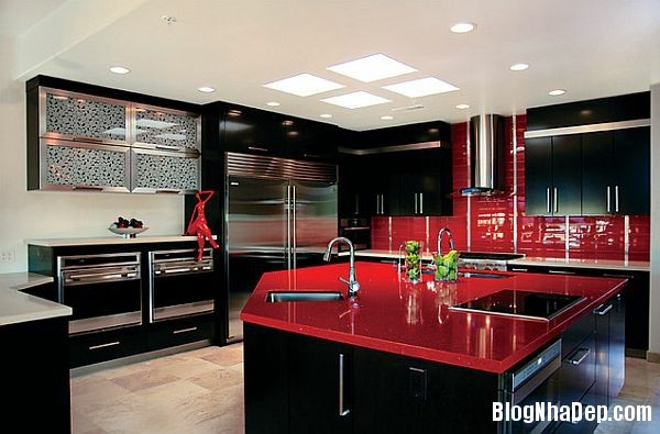 0450278b74504d5ac9c81a12b257877a Phòng bếp tràn đầy năng lượng với sắc đỏ