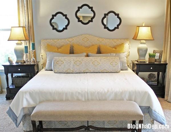 88d73b1e32c7bf44da1964af6437be84 Phòng ngủ lạ mắt hai gam màu xám và vàng