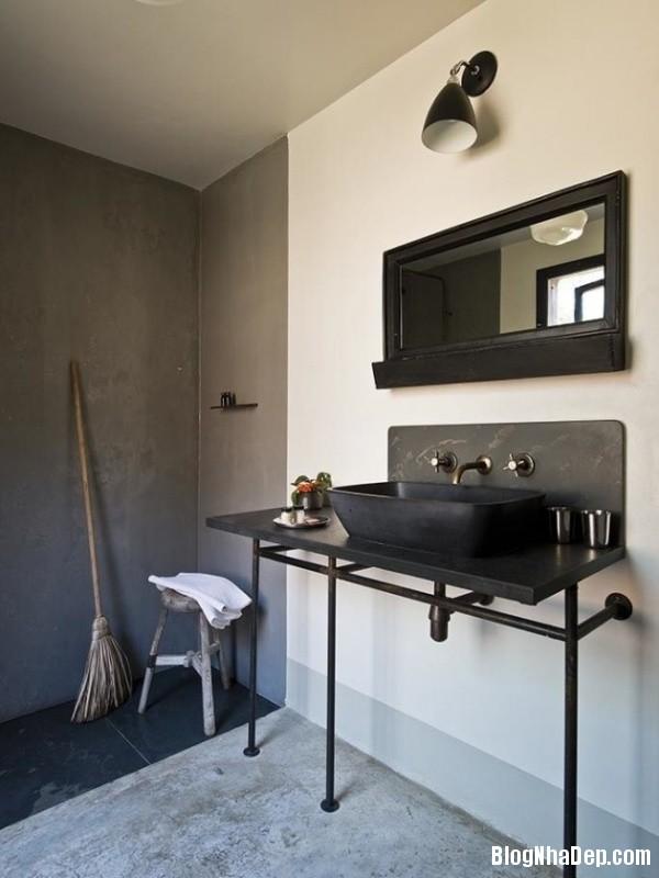 b4cf6e4d2864bc36993e4ad88dff3a9a Những mẫu phòng tắm mang phong cách Industrial