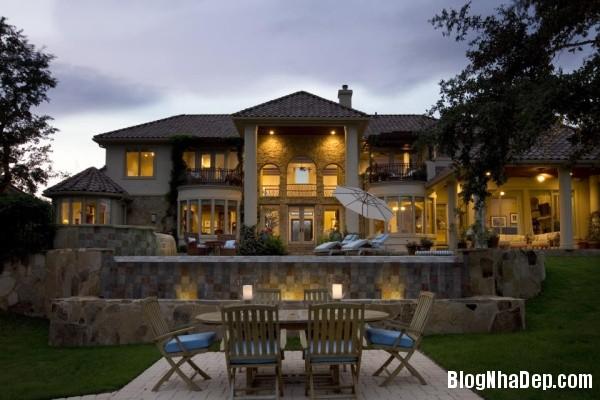 611b12ef6888d2d9752508b2511ec672 Nhà đẹp nhìn từ ngoại thất bên ngoài