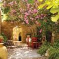 AP131R Courtyard in Monemvasia, Lakonia, Peloponnese, Greece