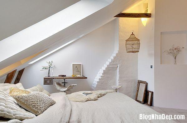 81e44ddeabc3dc4c35a5e01a36448e8b Thiết kế phòng ngủ trên tầng áp mái