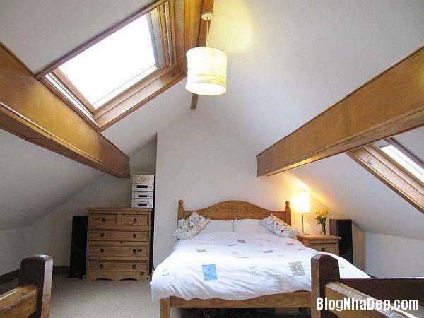8cfdd68df15cc5e4a1b45d4791291427 Thiết kế phòng ngủ trên tầng áp mái