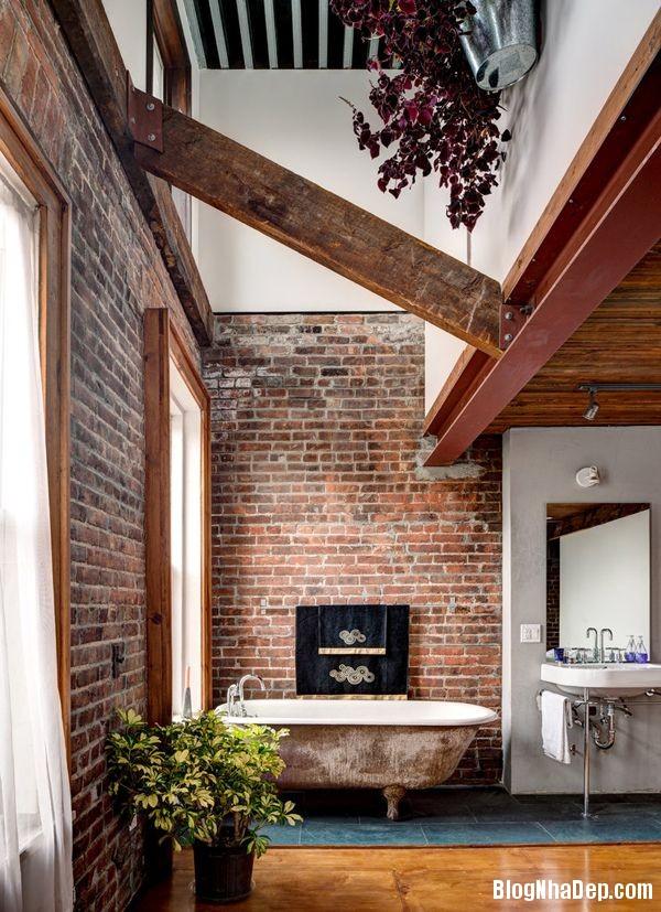 6e5e0240b53546f87b3cb0722a129f09 Nhà tắm đẹp mộc mạc với tường gạch