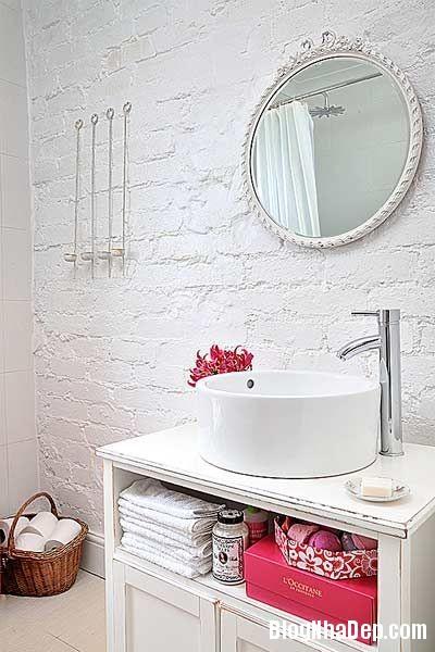 8fb9b186b25b5cdaa388f2178e286f2c Nhà tắm đẹp mộc mạc với tường gạch