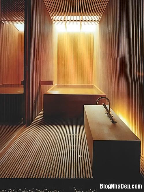 54063ccce934d0b92f16dbc56c83566b Ấm cúng với phòng tắm làm từ gỗ
