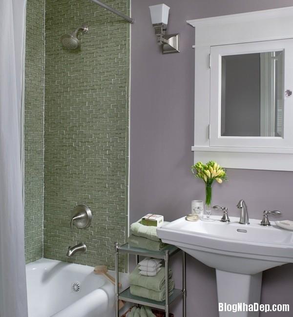d93232df796fb5845e9bd39963aad98b Phòng tắm sẽ rộng hơn với sắc màu tươi sáng