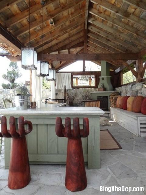 080f7b488b5276bafe7efedfcfeffc4c Phòng bếp ấm cúng và thân mật được xây từ nhà kho