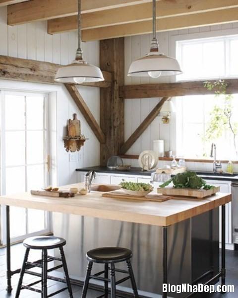 ee5899386b251a2c15f634fce506cbd5 Phòng bếp ấm cúng và thân mật được xây từ nhà kho