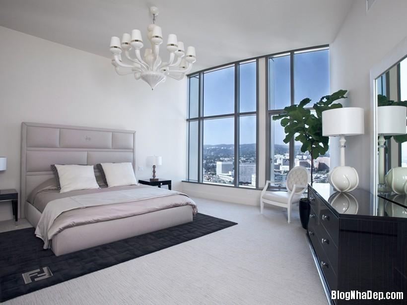 20150413081937900 Căn nhà hiện đại và tinh tế với hai gam màu đen và trắng