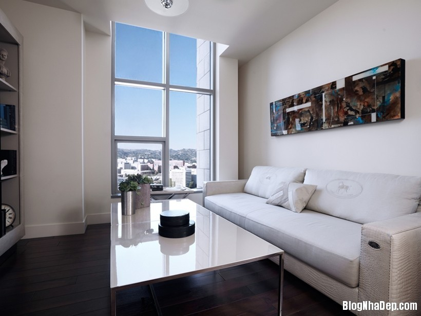 20150413081943340 Căn nhà hiện đại và tinh tế với hai gam màu đen và trắng
