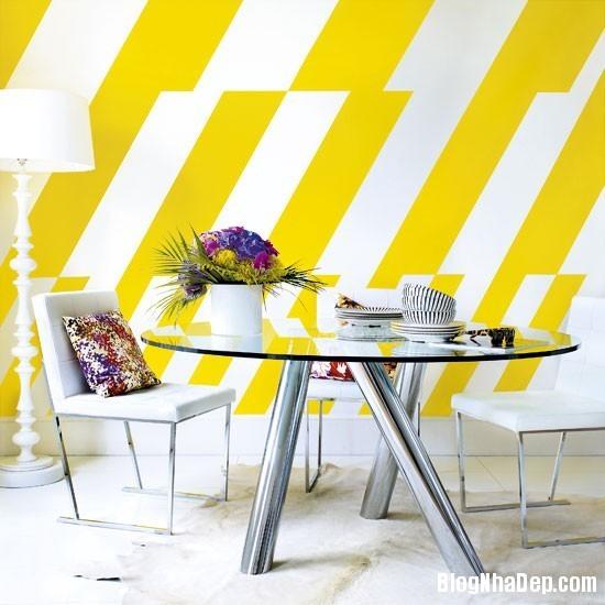 diningroom 1 1369827108 Ngôi nhà mùa hè rực rỡ với sắc vàng