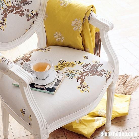 diningroom 3 1369827123 Ngôi nhà mùa hè rực rỡ với sắc vàng
