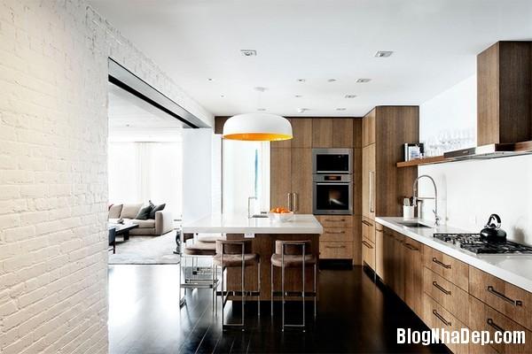 14Tuong20bep201509261516108972 Bếp đẹp sang trọng với bức tường màu trắng