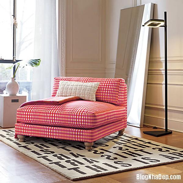 1cd52c2bb06f7d6959293263e0fc939b Thư giãn trên chiếc ghế Piazza Gingham xì tai và màu sắc rực rỡ