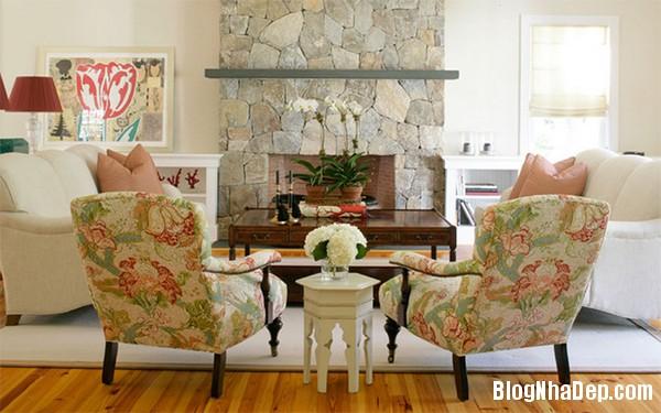 image002 3 Phòng khách rực rỡ với sắc hoa