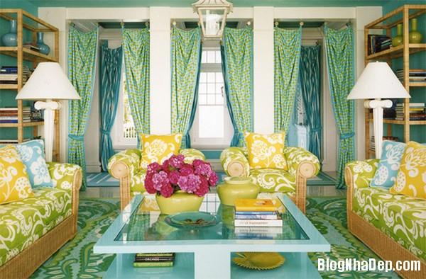 image005 4 Phòng khách rực rỡ với sắc hoa