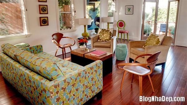 image011 3 Phòng khách rực rỡ với sắc hoa